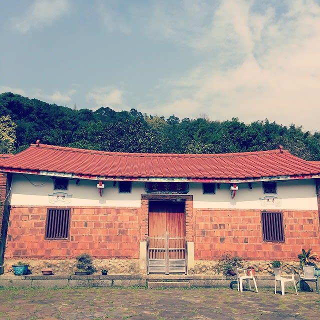 由三合院古厝修建而成的「豫章坊古厝餐館」,環境相當清幽。(圖片來源/Instagram-yiru0806)