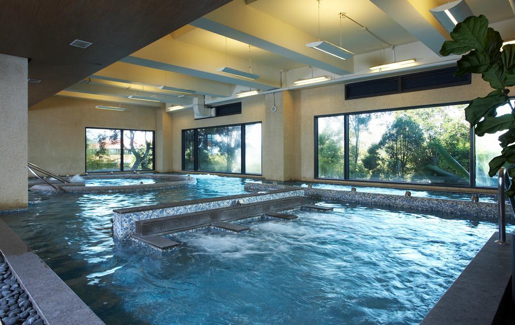 空間寬敞的親水主題館。(圖片來源/Booking.com)