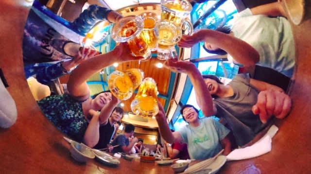 居 酒 屋 配 上 道 地 沖 繩 O r i o n 啤 酒 , 為 旅 行 乾 杯 !
