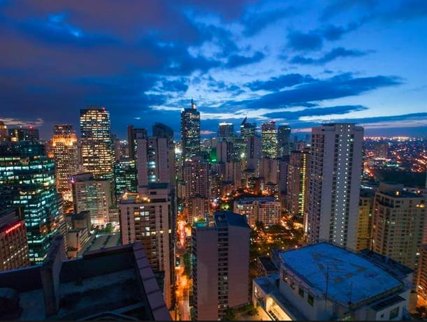 馬尼拉的夜景讓人流連忘返。|Unforgettable nightscape of Manila 圖片來源:hotelscombined