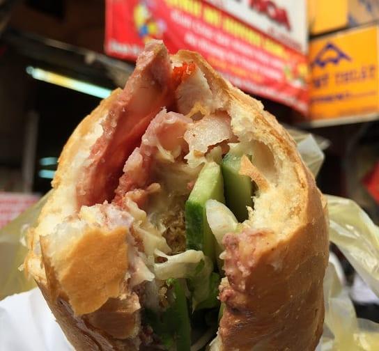 越南必吃 : 法式麵包