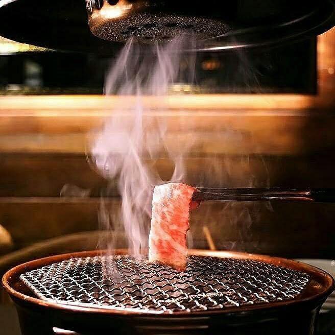 遠從日本進口的排風抽油煙設備,讓人不必害怕惱人油煙味。(圖片來源/蘭亭和牛極致燒粉絲團)