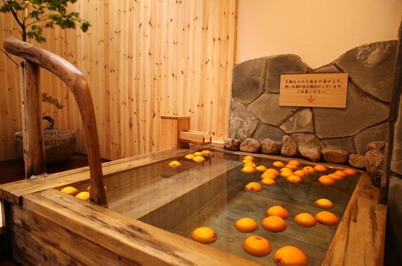 飯店著名的果實湯(照片來源:Dormy Inn PREMIUM Sapporo官網https://goo.gl/yvbCF3)
