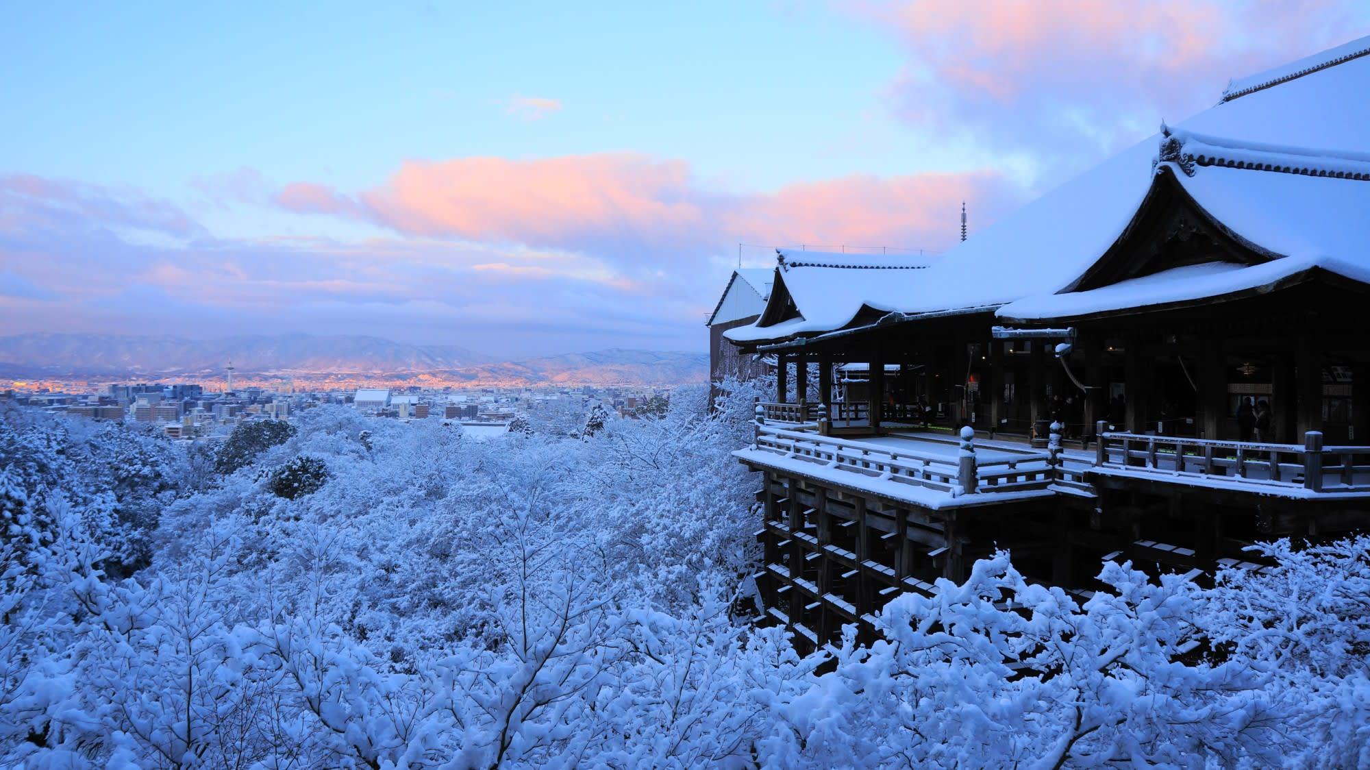 擁有寬廣雪景的清水寺 (照片來源:https://goo.gl/UR48PA)