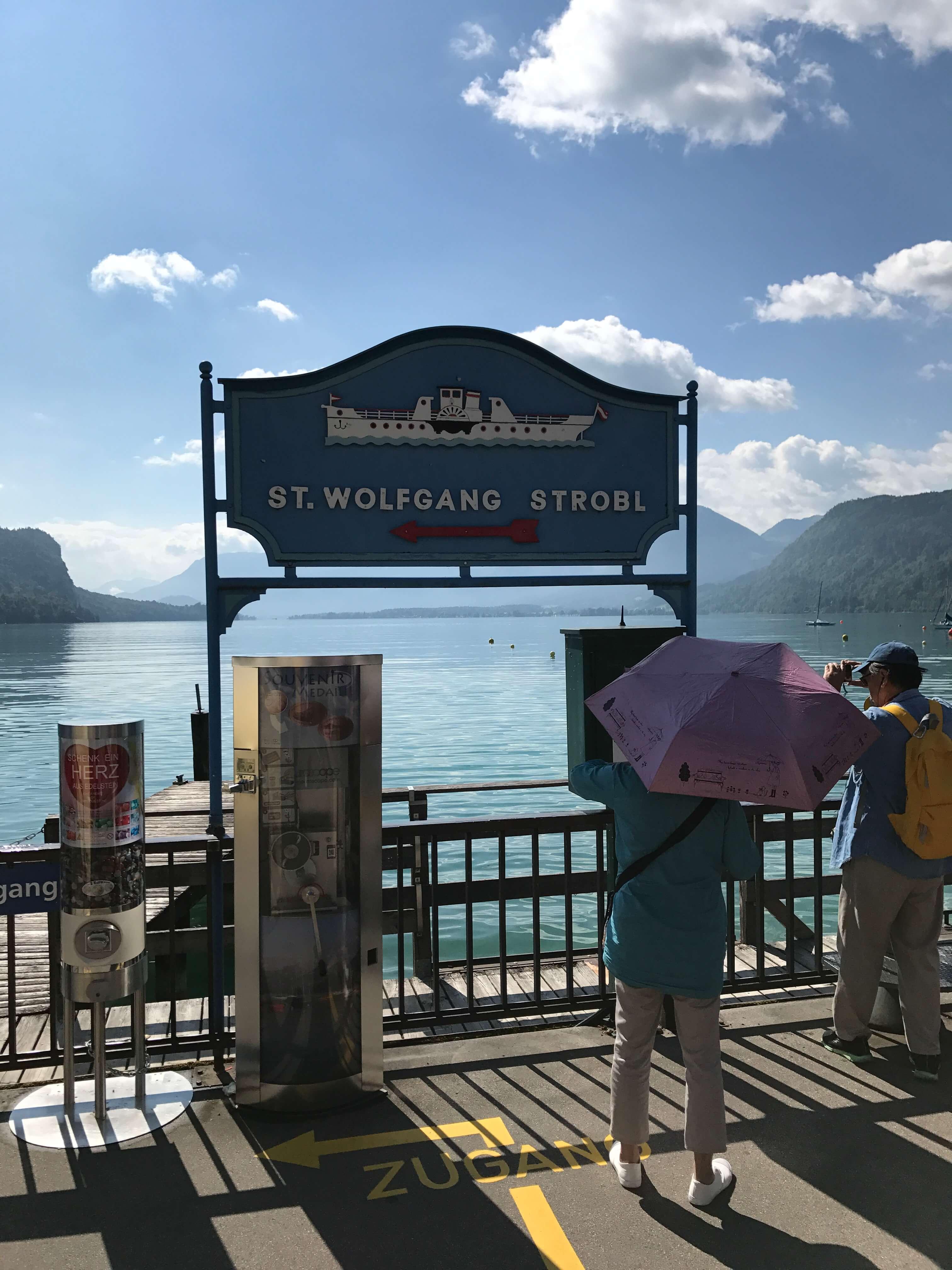搭船遊沃夫岡湖,前往聖沃夫岡的碼頭。Photographer / Penny