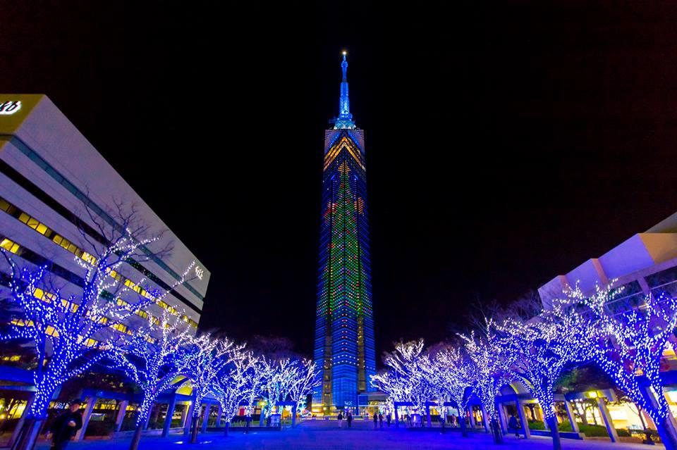 聖 誕 節 的 福 岡 塔 ( 圖 片 來 源:For Our Japan)
