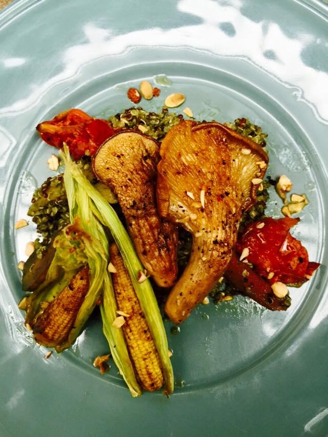 有 機 的 健 康 餐 點 。 圖 片 來 源 : 官 方 粉 絲 團。