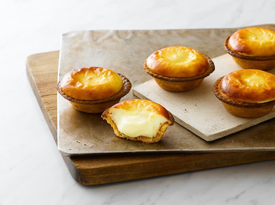 吃 完 乳 酪 塔 , 整 個 心 都 被 療 癒 了 。 圖 片 來 源 : Bake Cheese Tart粉絲團。
