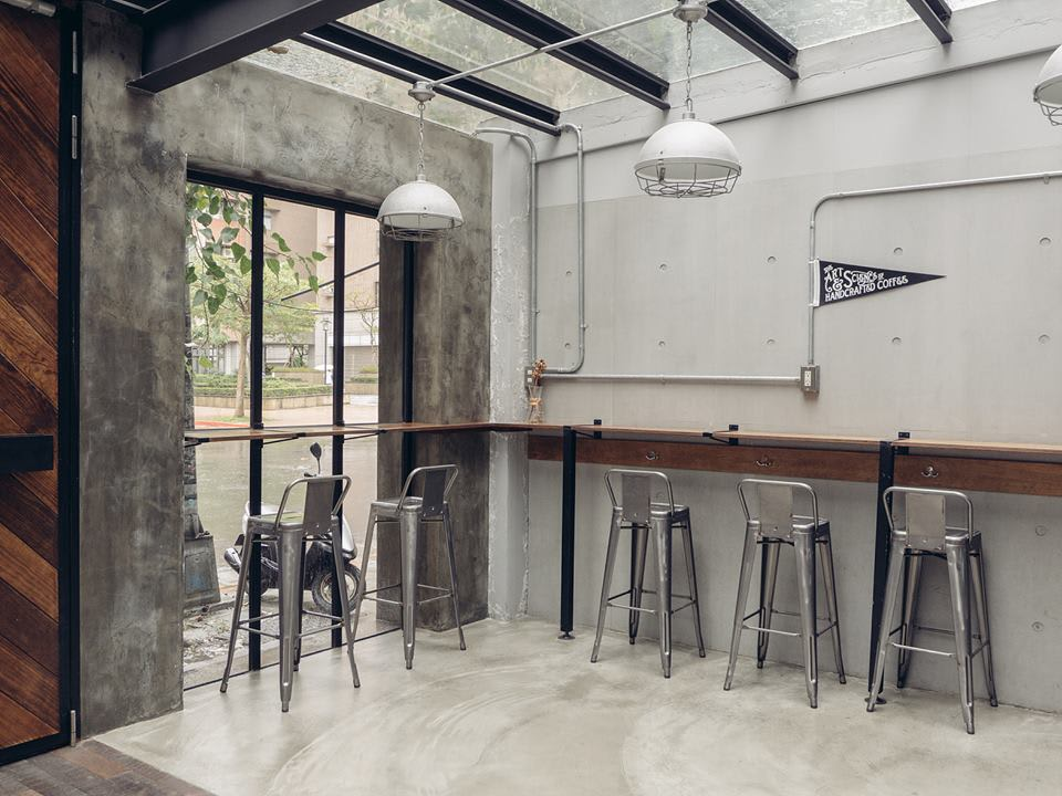 簡約工業風咖啡廳