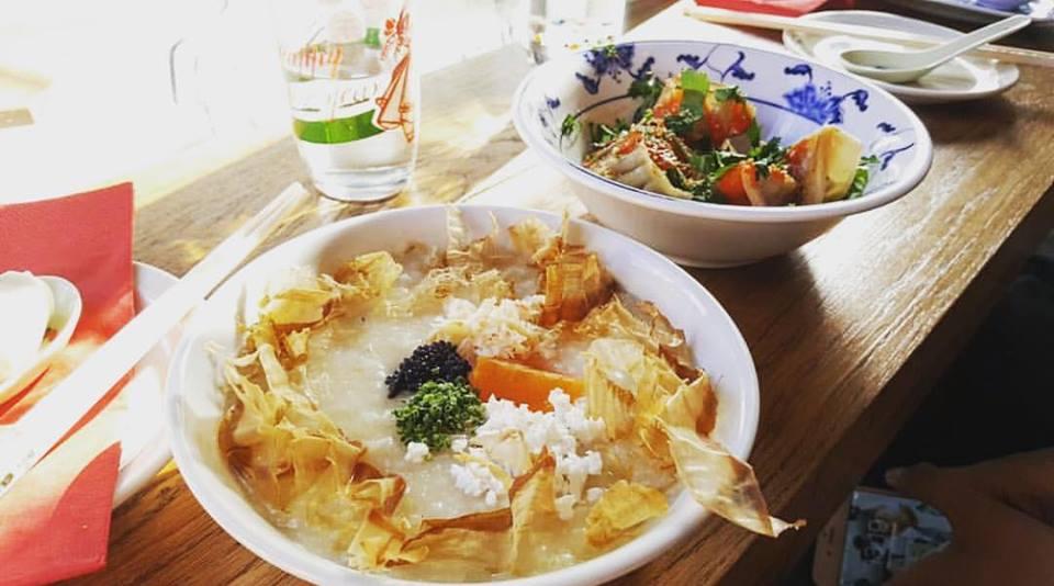 新 的 中 式 用 餐 體 驗,不 僅 廣 受 亞 洲 人 好 評,連 老 外 的味 蕾 都 被 收 買。