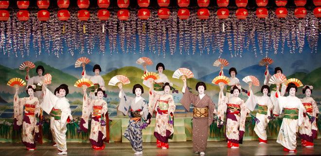 清水寺 圖 片 來 源 : 先 斗 町 歌 舞 練 場 。