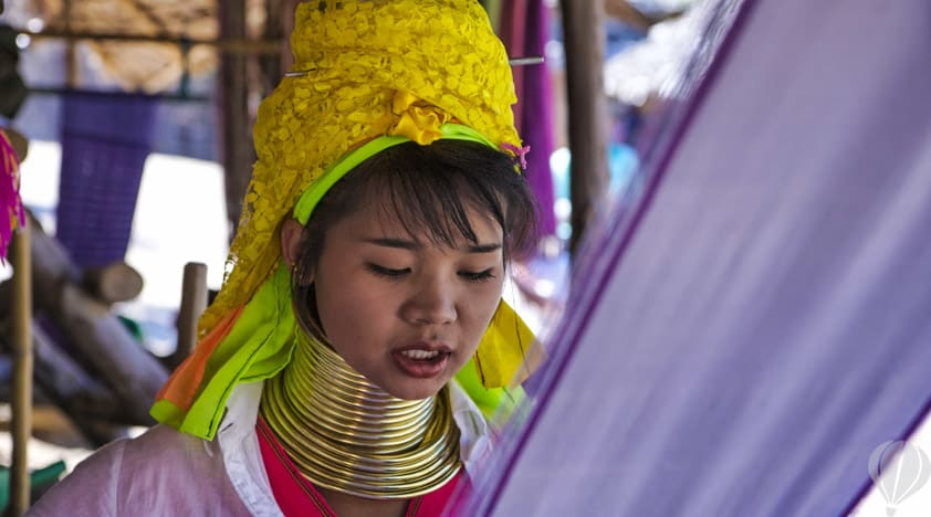 79342594-chiang-mai-hill-tribe-1