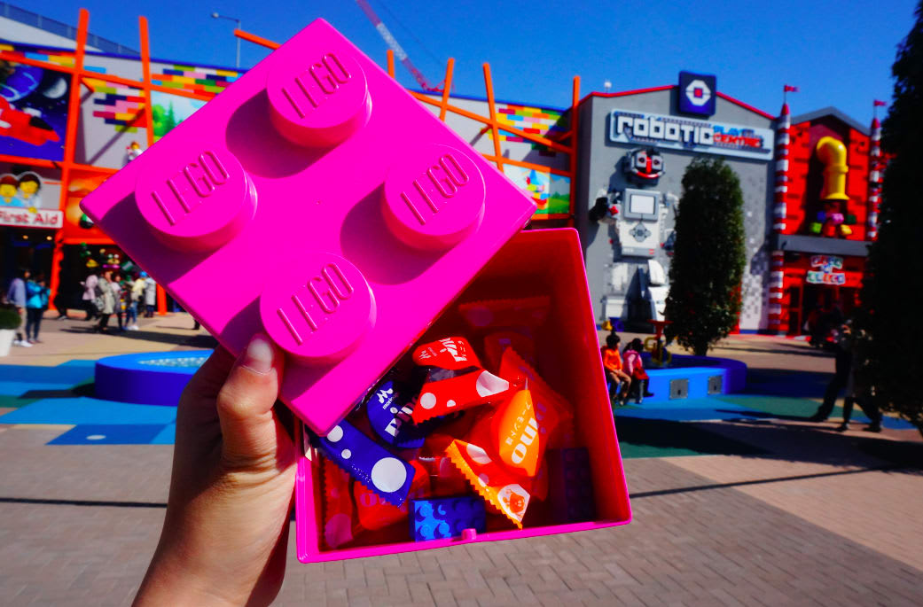PINO 合 作 款 冰 淇 淋 組 合 , 7 入 1 0 0 0 日 元 , 1 0 入 1 2 0 0 日 元 , 可 選 擇 盒 子 顏 色。