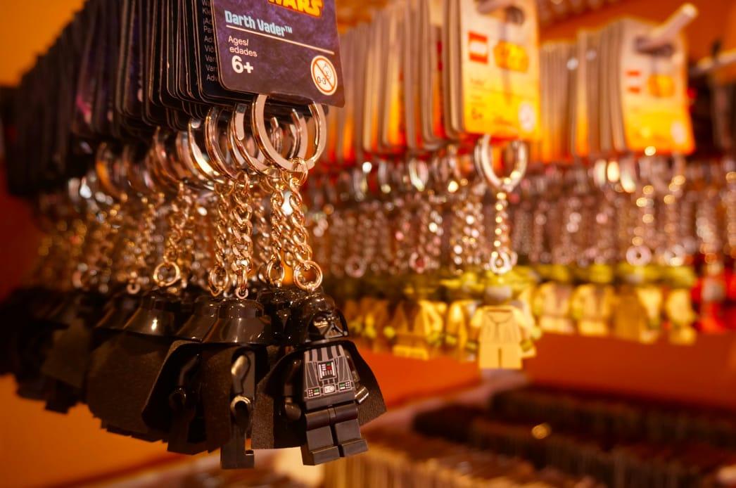 人 氣 多 樣 化 選 擇的 小 吊 飾 7 0 0 日 元