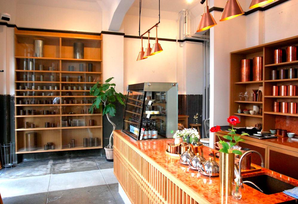 舊京都市電内濱架線事務所改建的開化堂咖啡|圖片來源:吳胖達