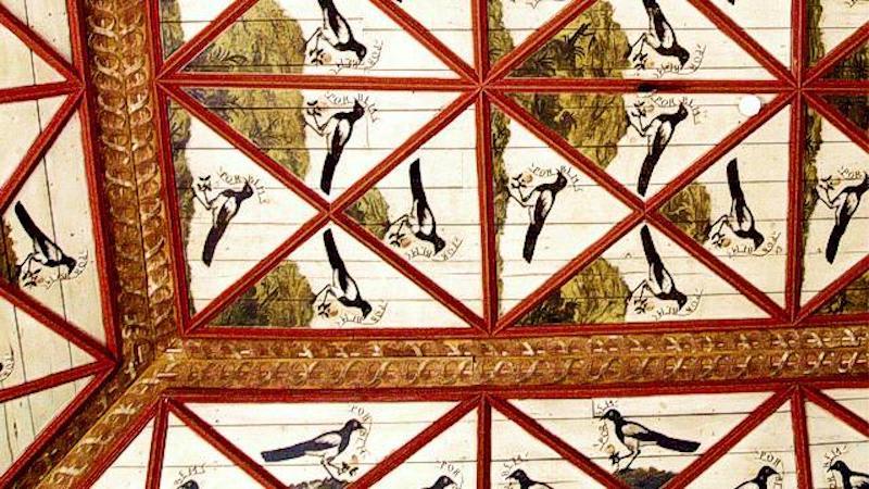 葡萄牙辛特拉宮中的喜鵲廳,傳說是當時國王為警惕宮女而設計。圖片來源:Portugal Virtual https://goo.gl/ssprbs