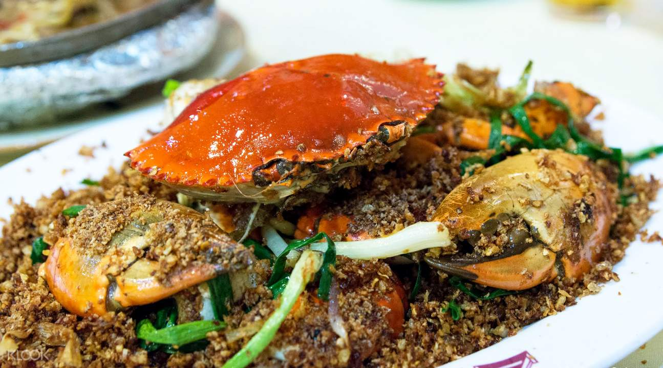 招牌「橋底辣蟹」是每桌客人必點。