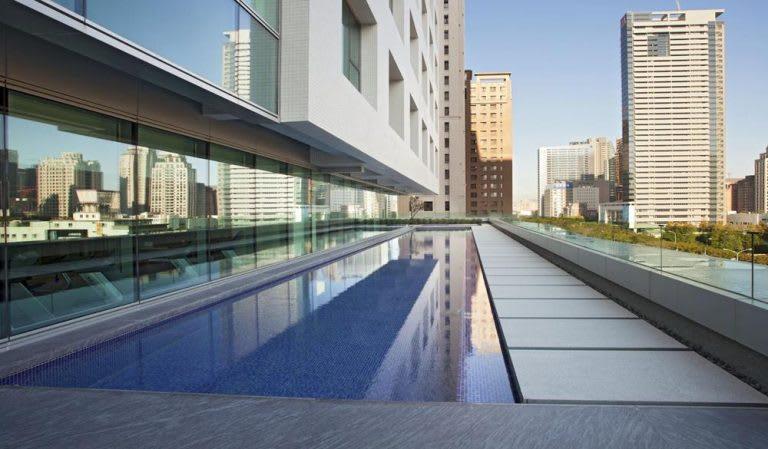 台中日月千禧酒店泳池