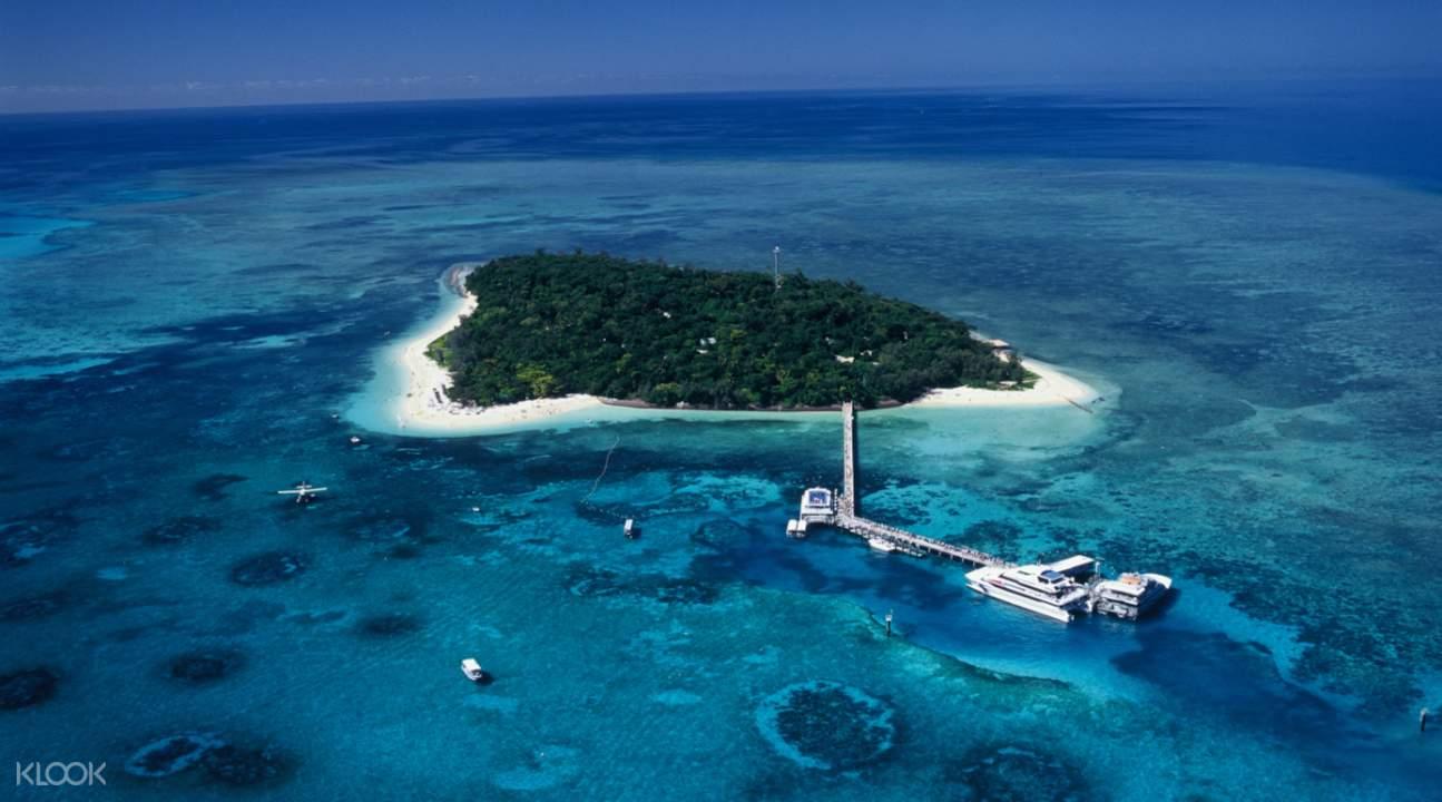 綠島是大堡礁里唯一集珊瑚礁和熱帶雨林為一體的珊瑚礁島