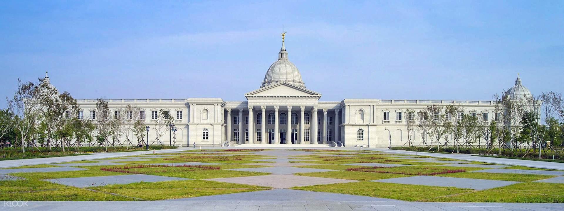 奇美博物館的建築外觀以希臘神話故事為主題,頗具西洋美學風格