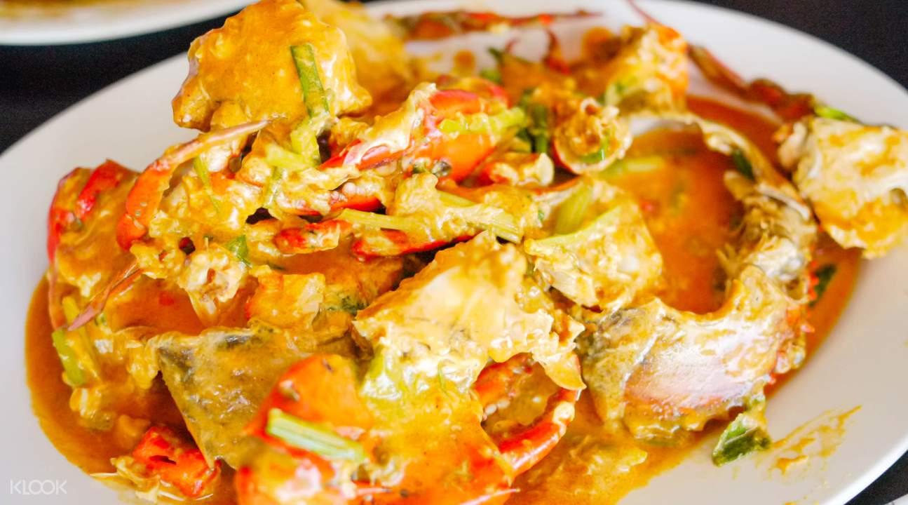 咖哩螃蟹光看這道料理的外表,唾液就一直分泌。