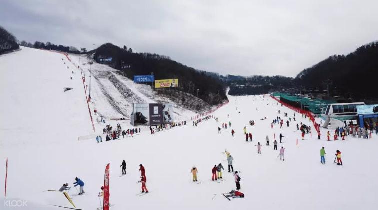 韓國滑雪場,來源:KLOOK。