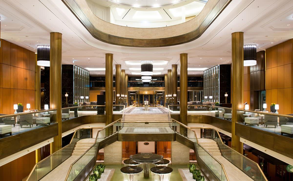 "<span style=""color: #000000;"">首爾希爾頓千禧酒店</span>大廳一景。(圖片取自<span style=""color: #000000;"">首爾希爾頓千禧酒店</span>官網)"
