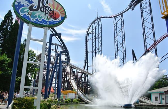 大海嘯衝浪飛車Cool Jappaan (圖片取自富士急樂園官網。)
