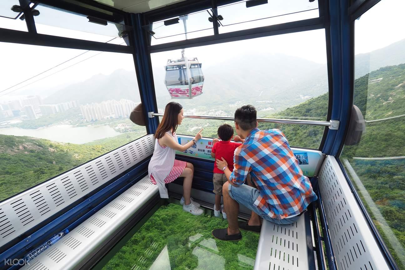 搭乘水晶車廂,毫無保留將自然美景盡收眼底。