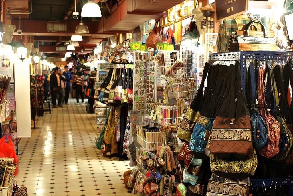 琳瑯滿目的商品。來源:http://bit.ly/2zy3LaZ。