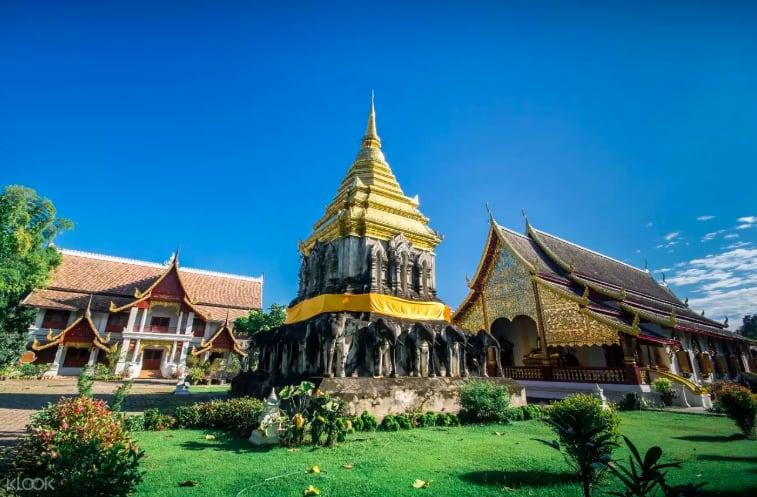 「青曼寺」,古城區中最古老的寺廟之一。來源:KLOOK。