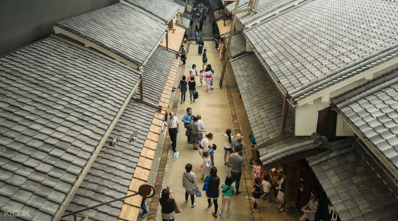 """The life style of Osaka in the past and present is completely reflected in the """"Osaka Life and Past Museum""""."""
