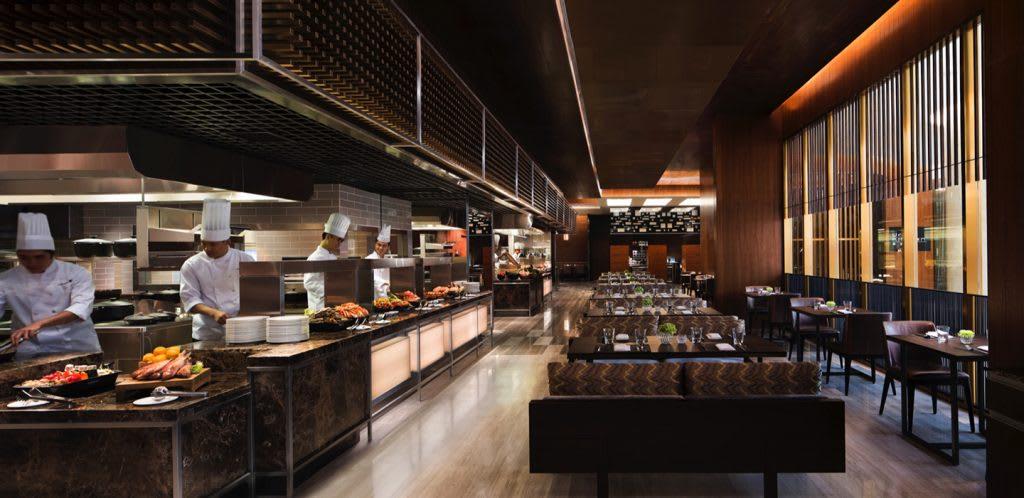 充滿時尚感的用餐環境。來源:JW 萬豪酒店 名廚都匯餐廳官網。