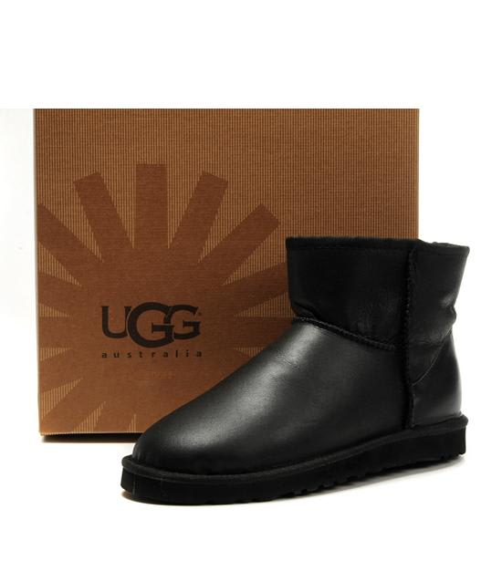 UGG 羊毛雪靴(取自:UGG官網)
