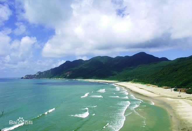 珠海金海灘美麗的海岸線。(圖片取自百度百科)