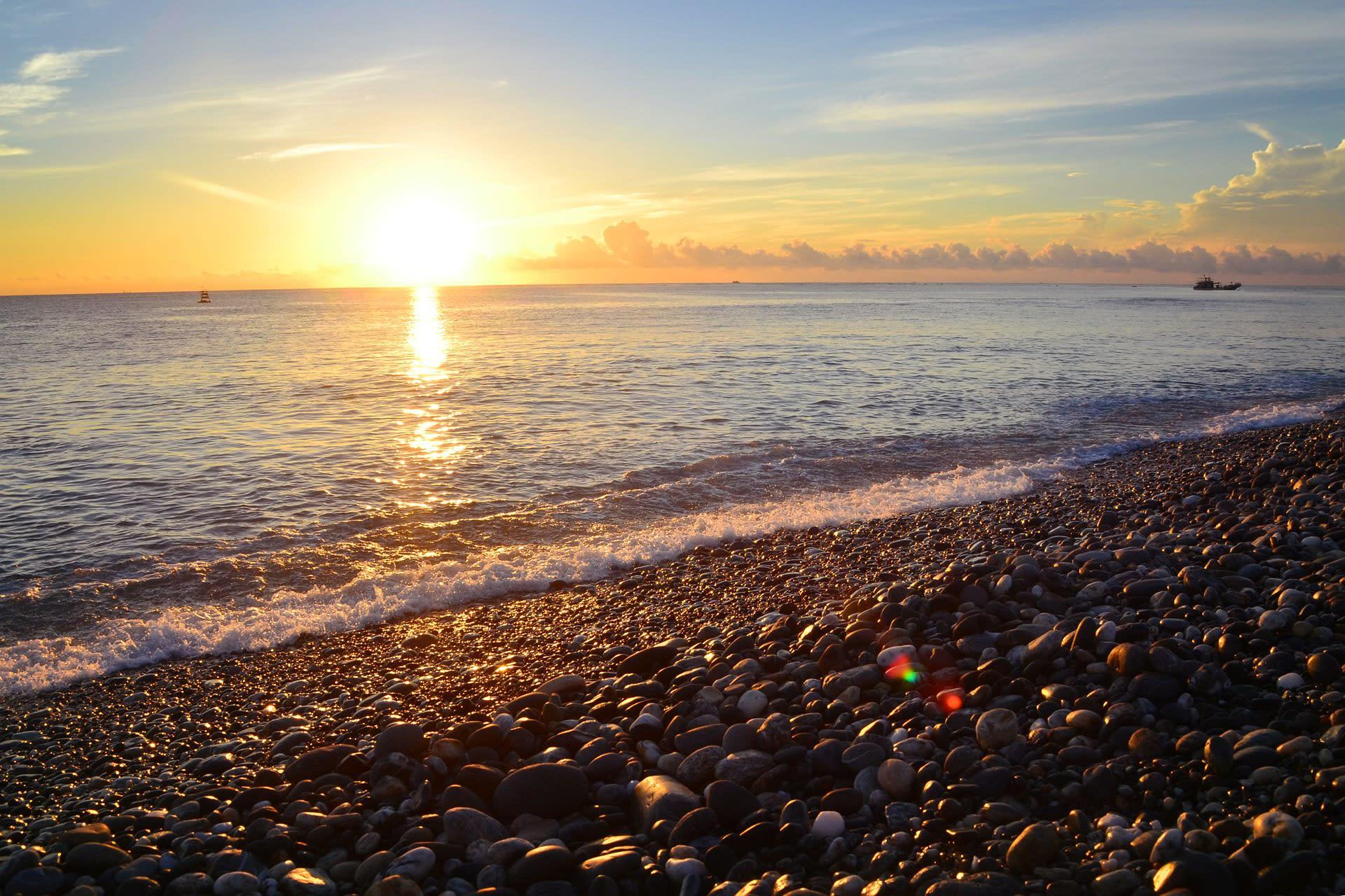 花蓮七星潭夕陽景色。圖片取自:Flickr Jason