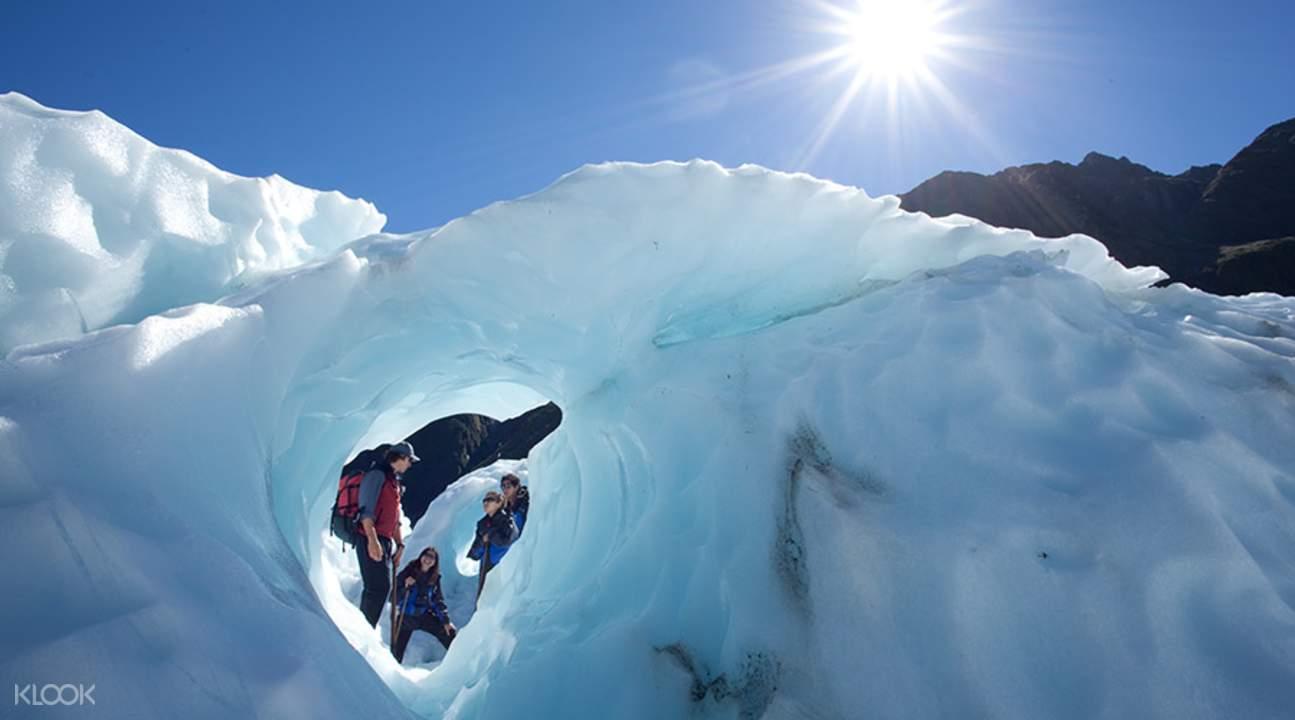 徒步在紐西蘭西海岸最大冰川,感受大自然的不可思議!