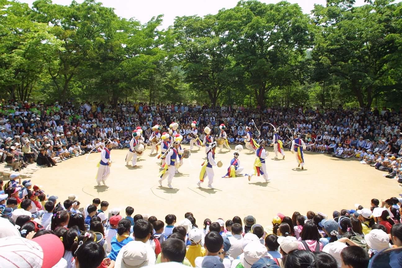 參觀韓國民俗村,體驗韓國傳統文化與風俗