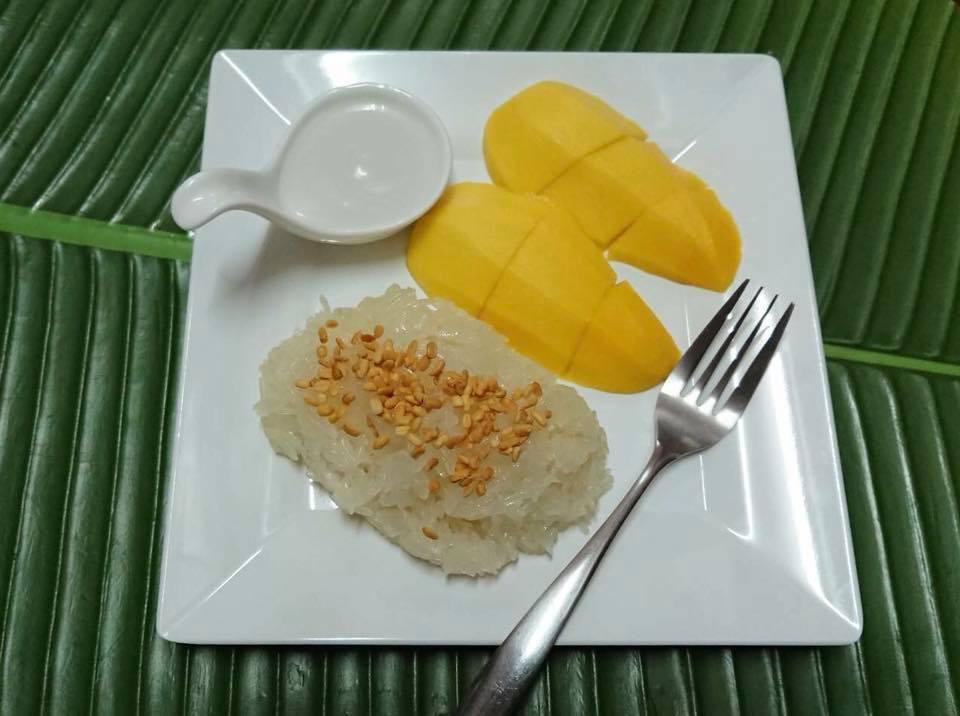 芒果糯米飯,圖片取自Kor Panich FB粉絲團。