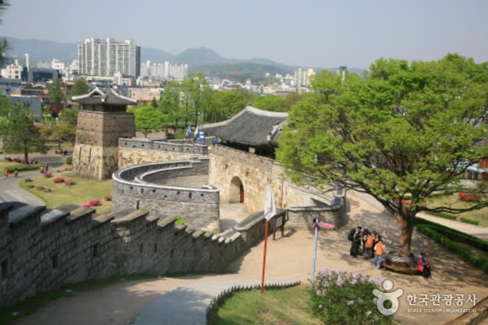 水原華城 來源:官網
