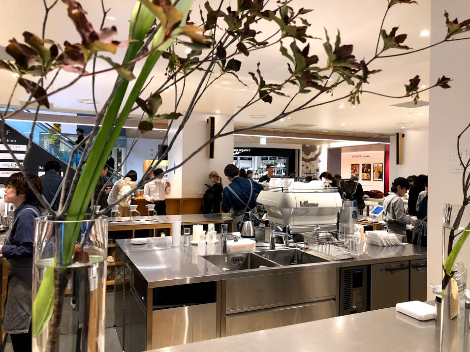 Blue Bottle Shinjuku| Photo Credit: Zach Huang