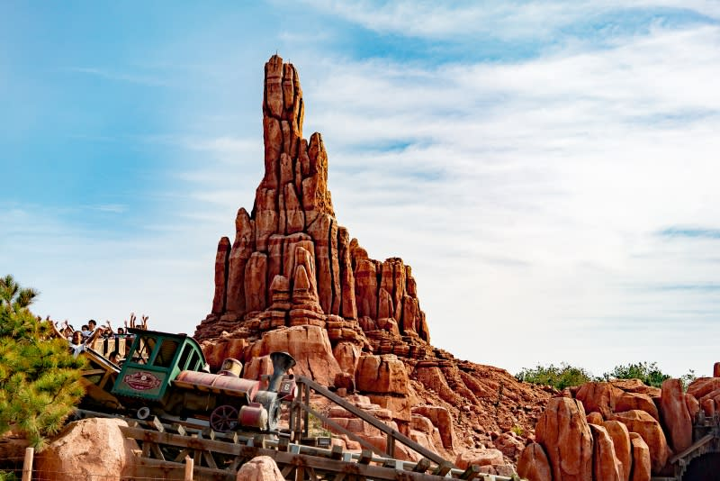 迪士尼樂園,巨雷山。