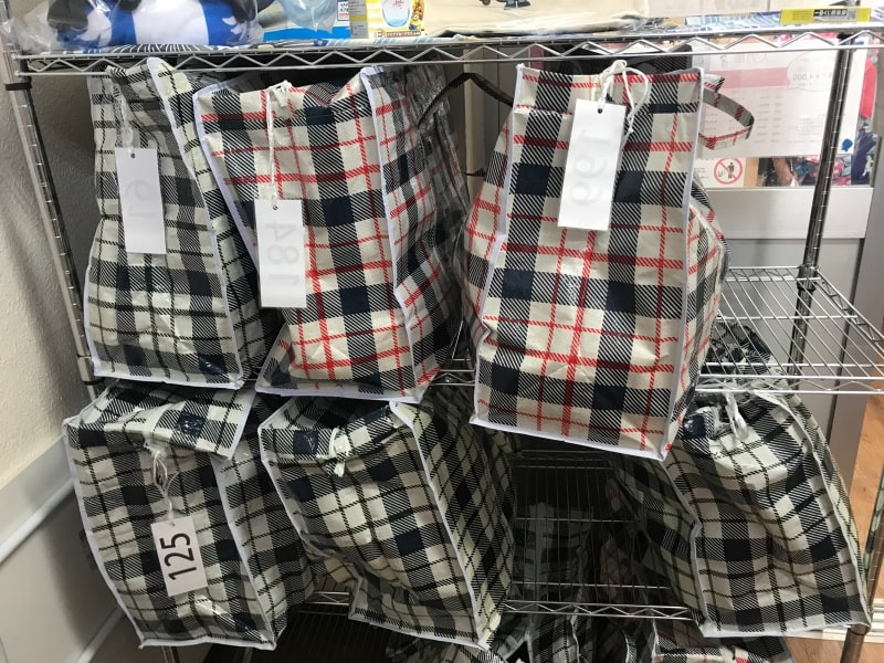淺草愛和服,有大的置物袋可以提供置放。圖片取自:Ann Shih。