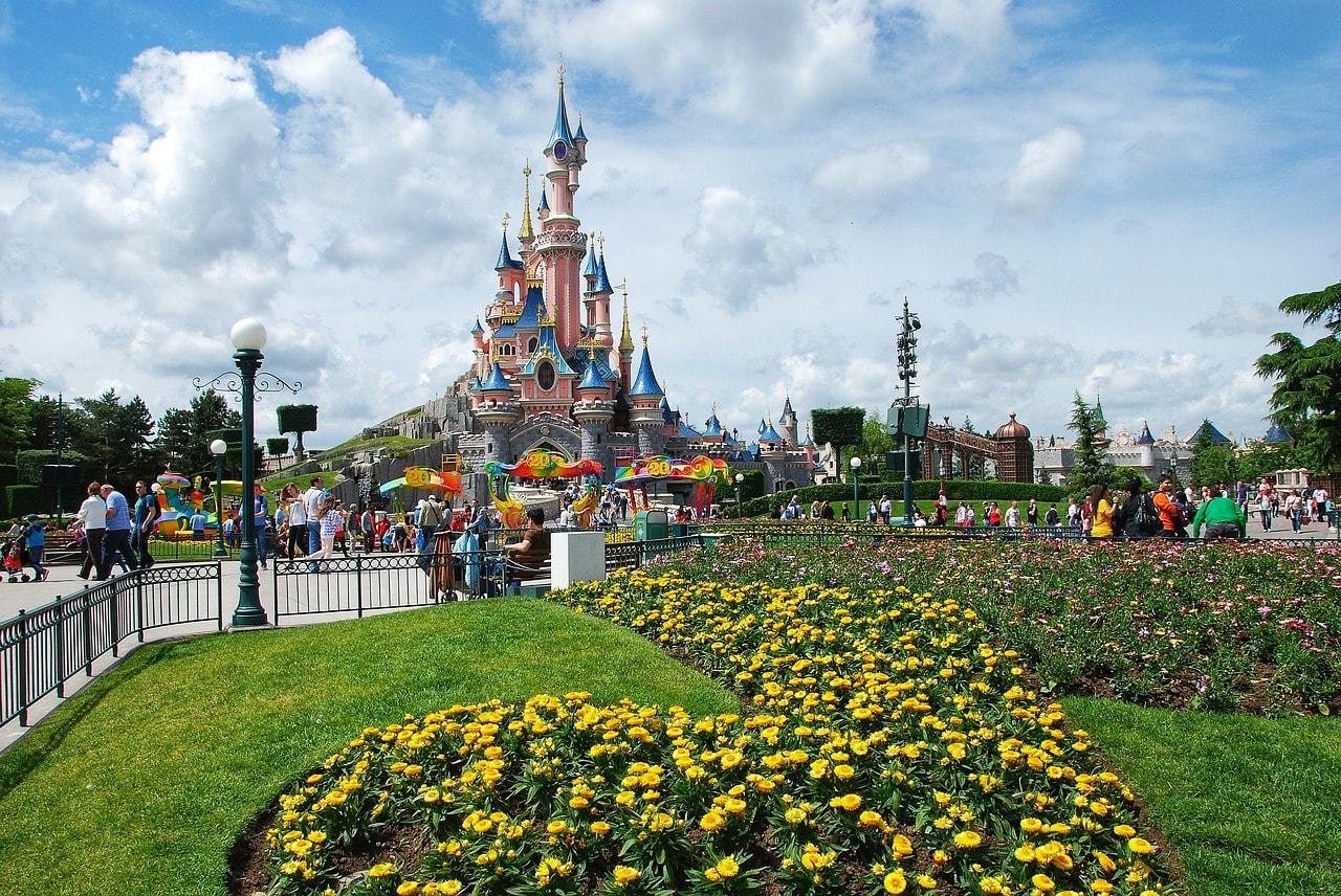 巴黎迪士尼城堡。
