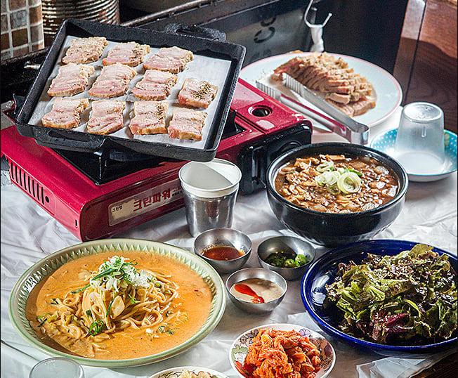 弘大,尹氏燒烤店 윤씨그릴방,圖片取自www.foodzip.co.kr。