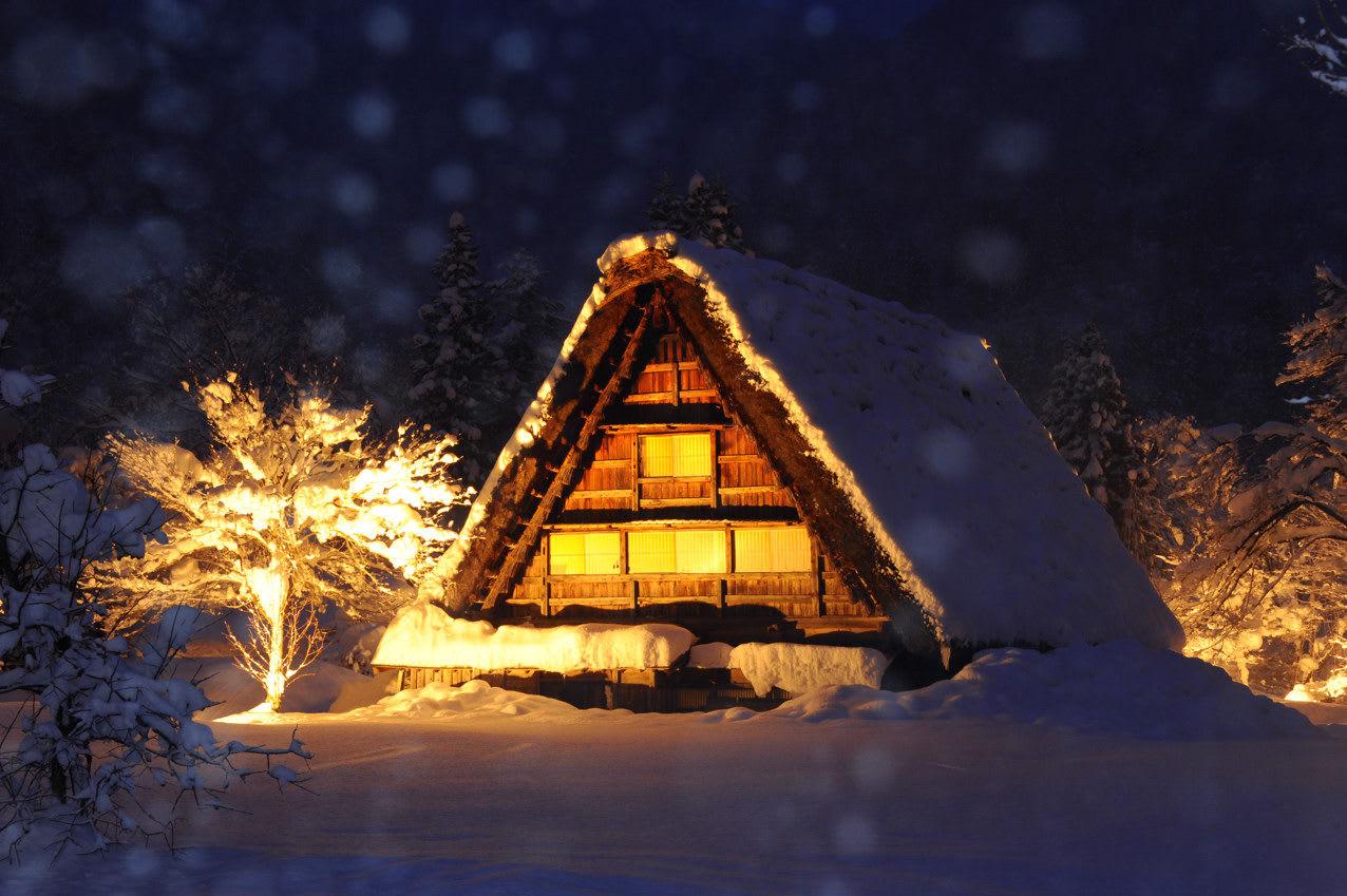 合掌村點燈,圖片取自blog.livedoor.jp。