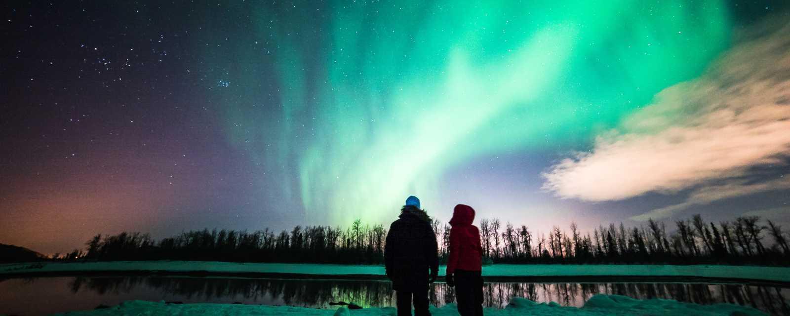 【2018聖誕節】聖誕來場極光旅遊!芬蘭、挪威、冰島...極光景點懶人包,圖片取自www.anchorage.net。