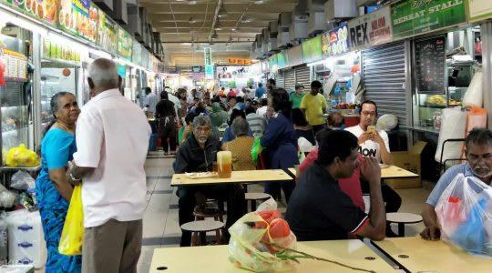 位於小印度的竹腳市場,提到道地印度料理及華人美食