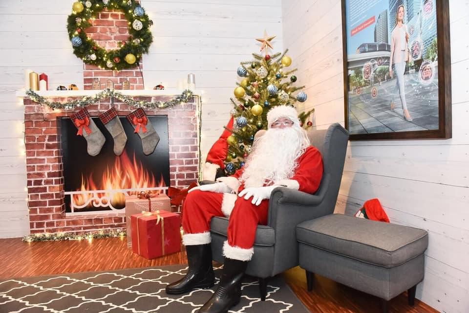 聖誕老公公在聖誕村等你 來源:fb @orchardroad.sg
