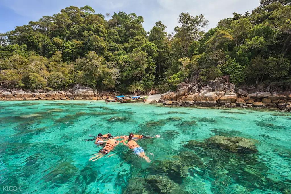 麗貝島浮潛
